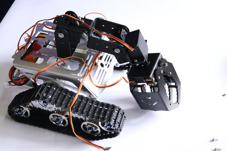 Pick and Place Robot Arduino - Spinel Crux L2 - Hackster io