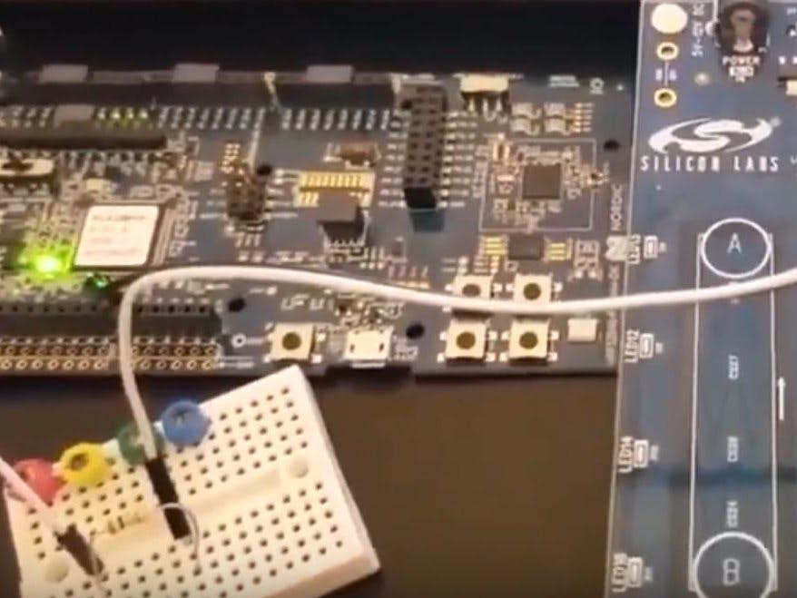 nRF52 Capacitive Sensor Low Level Library Demo