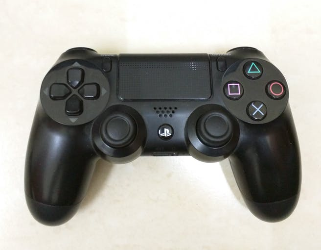 The PS4 joystick works flawlessly with the web interface