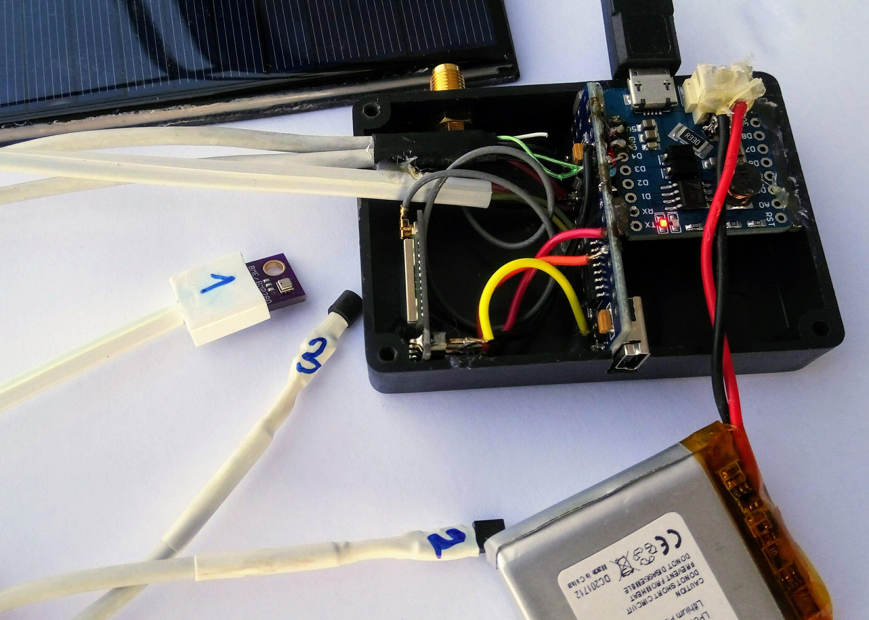 iTRUBEC Sigfox beehive monitor