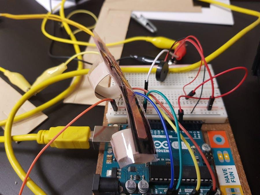 Arduino Thereminoid