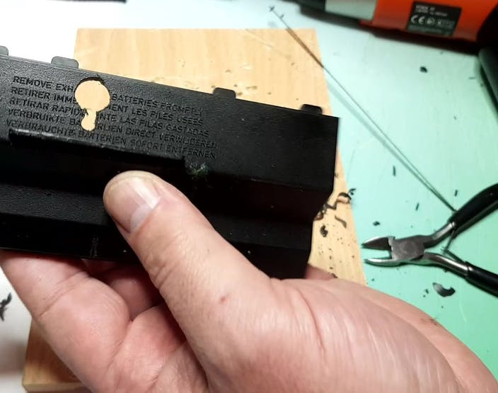 Keyhole slot for wall mounting