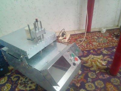 Two-Rocket Gauge Device in a Laboratory