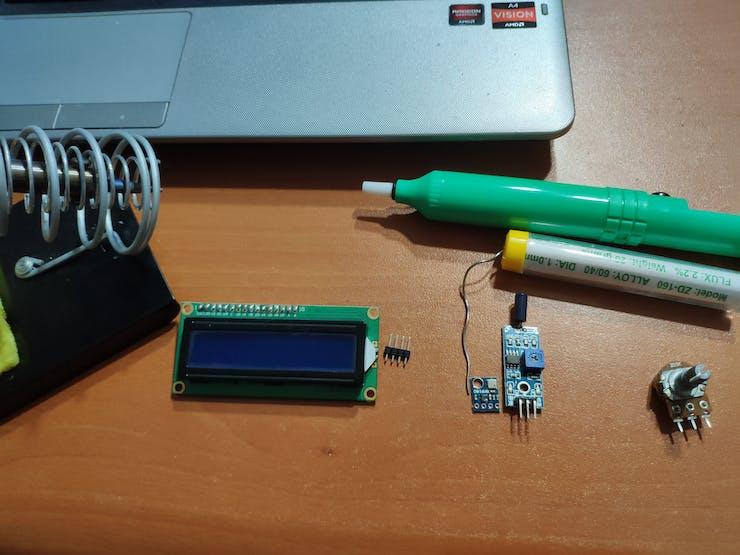 The Vibrating Pressure Temperature Altitude Tilt Detector