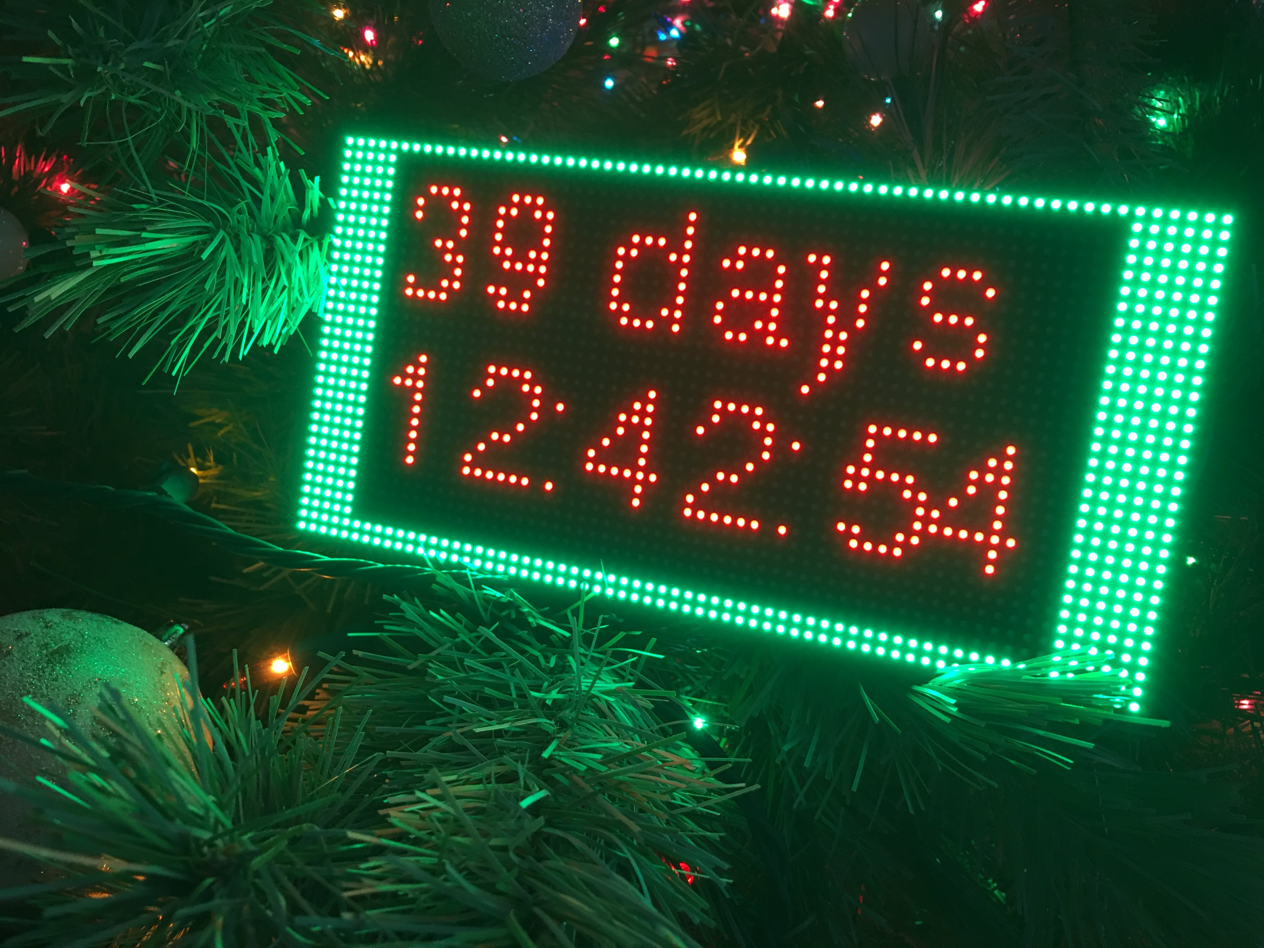 Close-up picture of PocketBeagle Christmas countdown clock