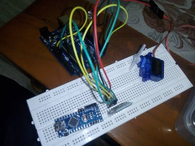 Bluetooth Controlled Servo