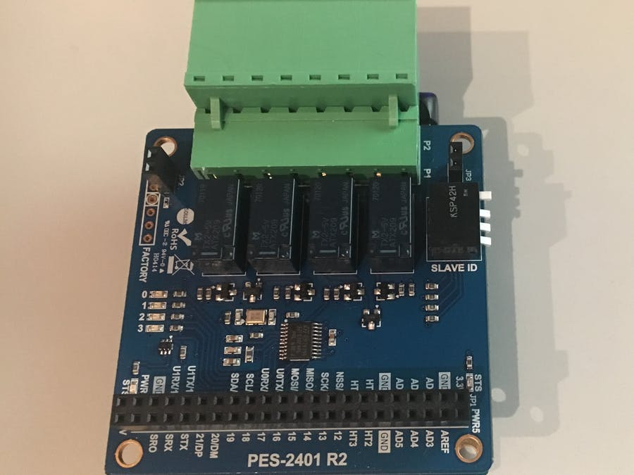 PHPoC: Relay-Board PES-2401 R2