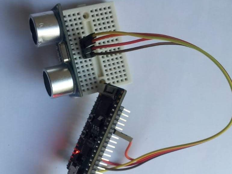 Ultrasonic Ranging with ESP32 and AskSensors IoT