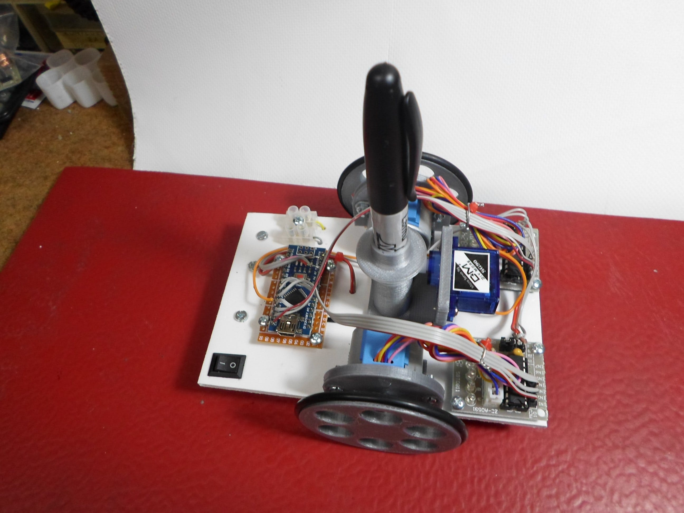 Arduino Drawing Robot (Open Source Turtle Robot)