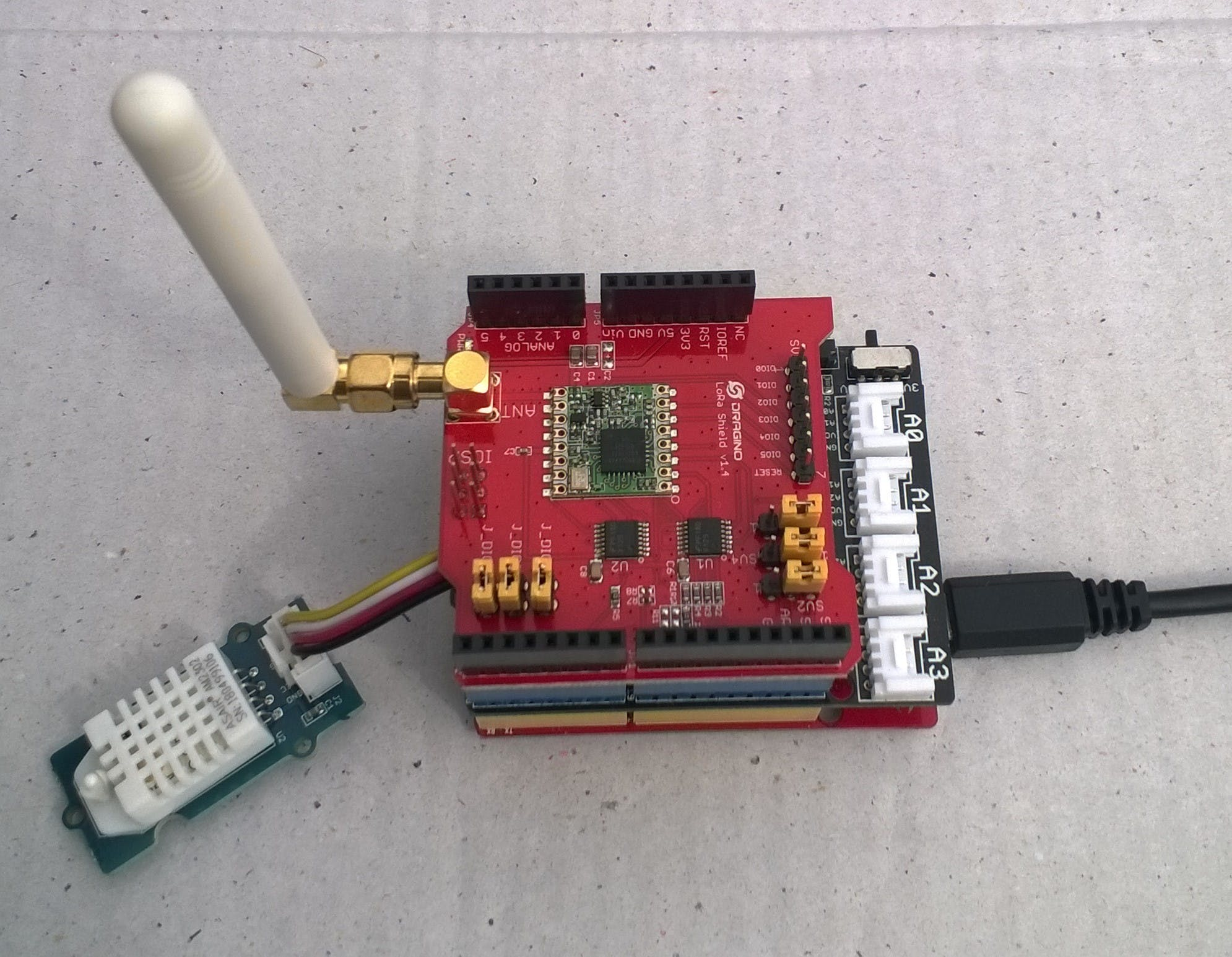 Proof of concept LoRa connected temperature and humidity sensor