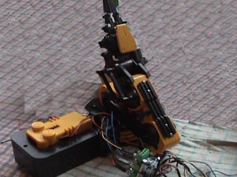 Controlling an L9100 Motor Driver Board Using Arduino