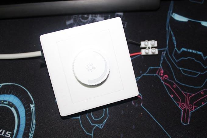 Light dimmer (optionnal to test)