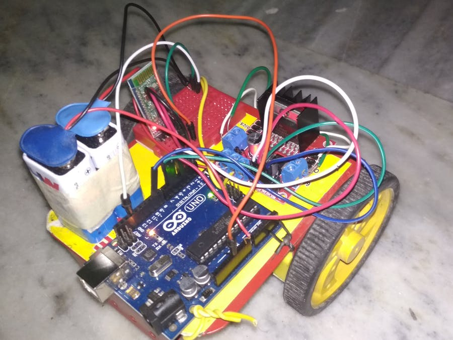 Smartphone Controlled Arduino Bot