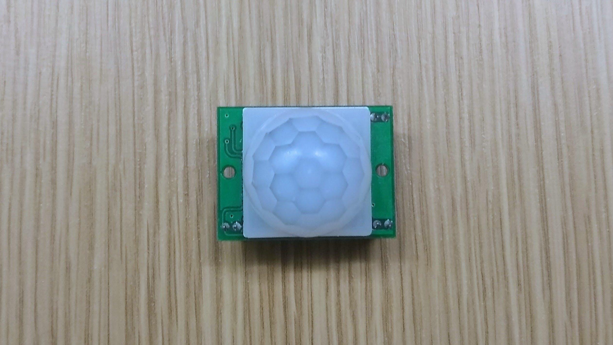 PIR Sensor (Front)