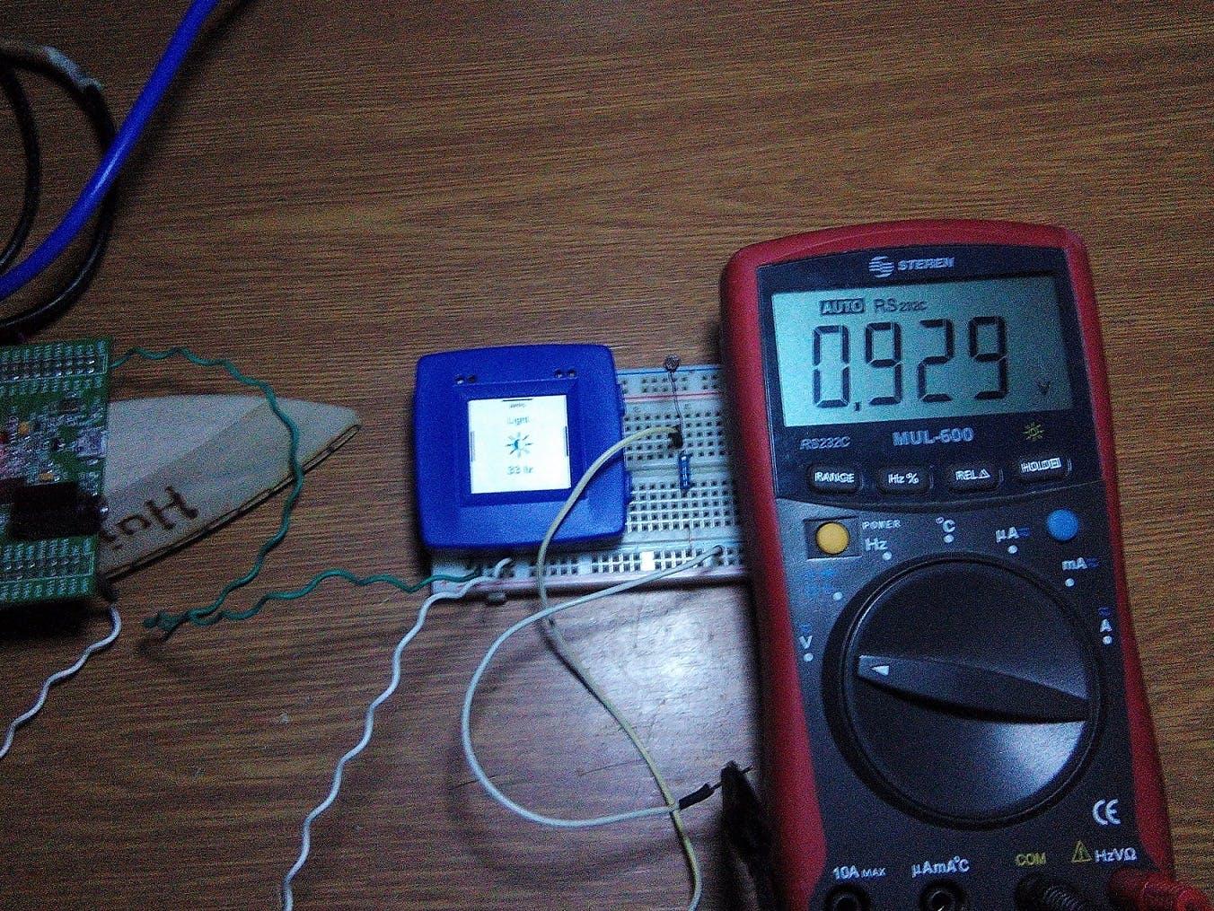 Calibration example: 33 lx = 0.929 volts