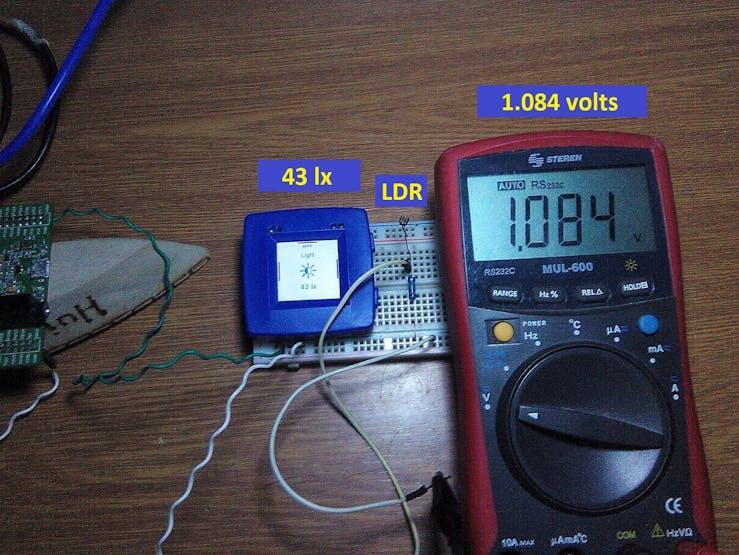 Example: 43 lx = 1.084 volts