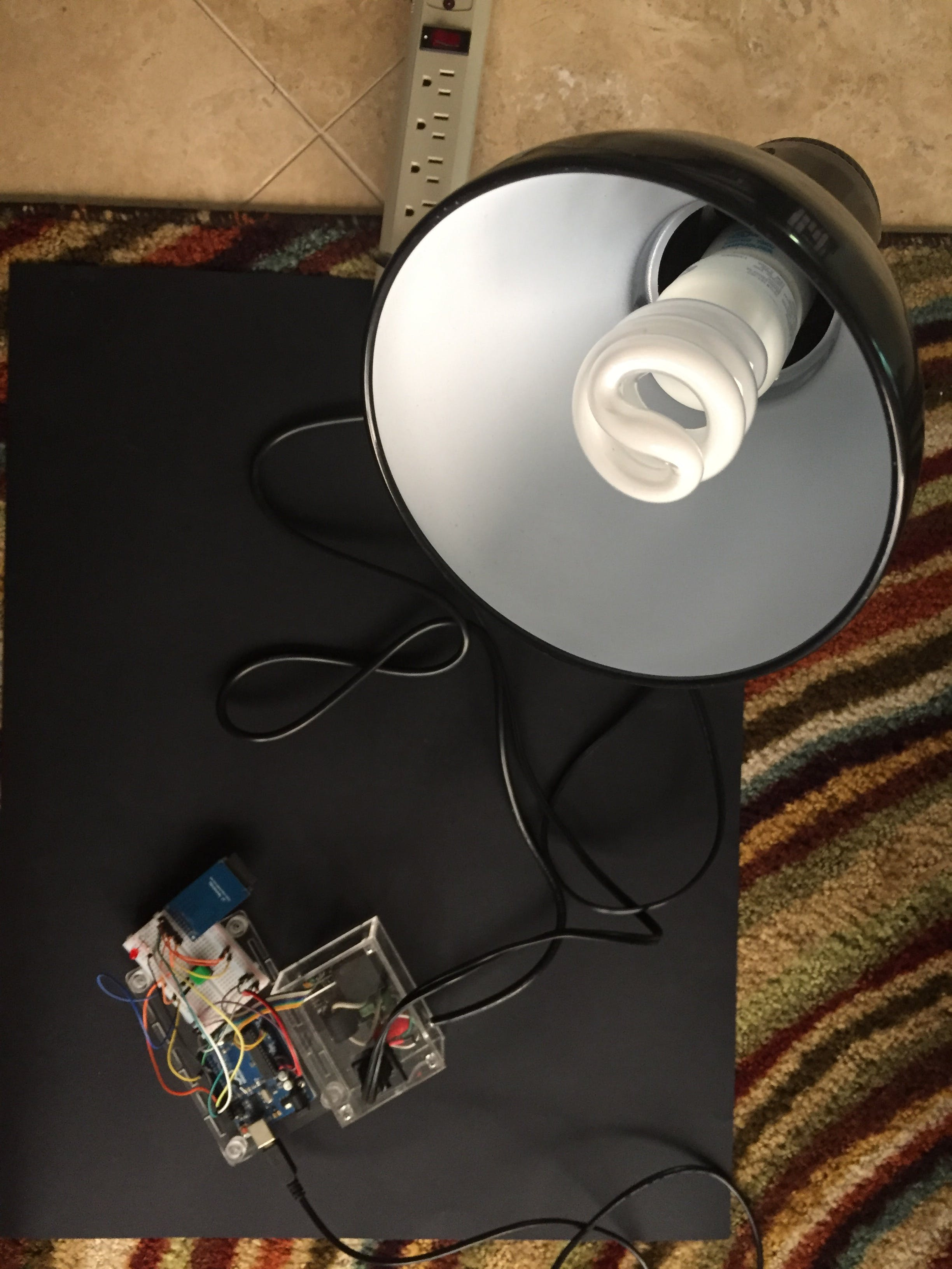 Arduino Energy Logger with Dr. Wattson — with CFL lamp load plugged in