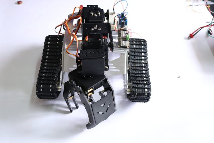 Robotics for Beginners and Kids   Build Your Robot Now