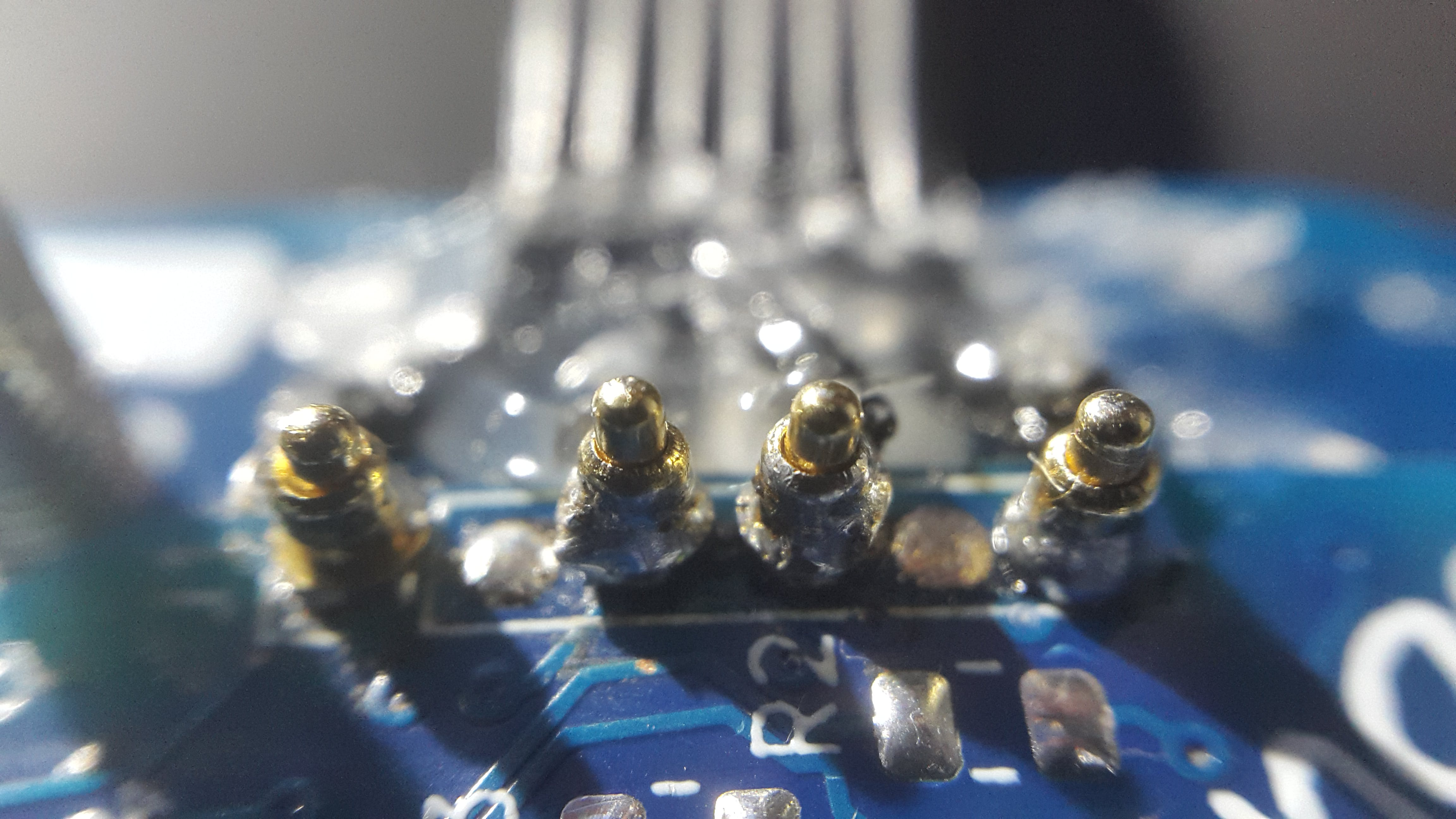 spring loaded contact pins