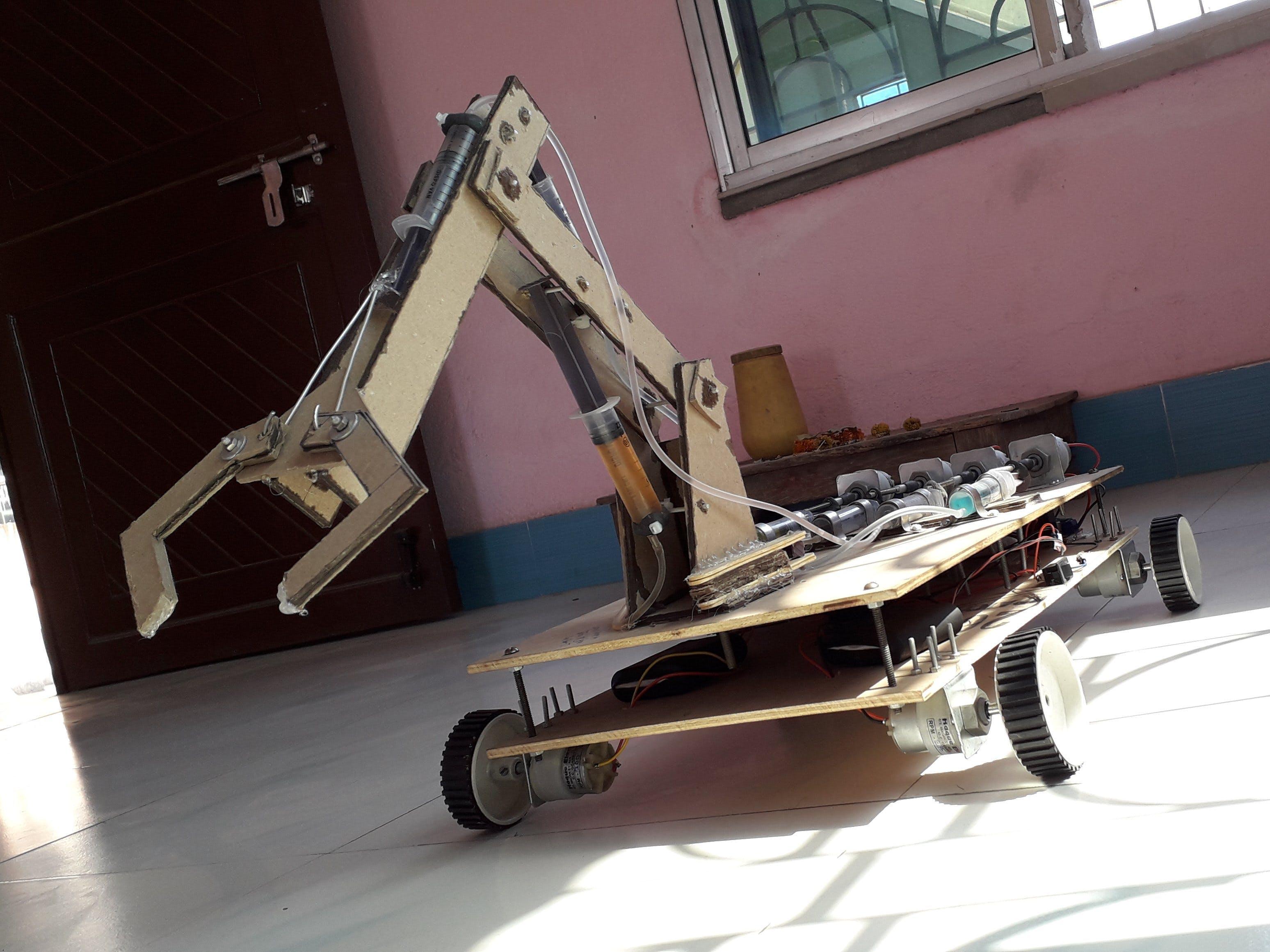 App Controlled Hydraulic Crane