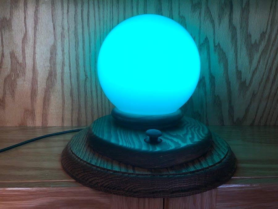 HomeKit-Controlled Cute Light