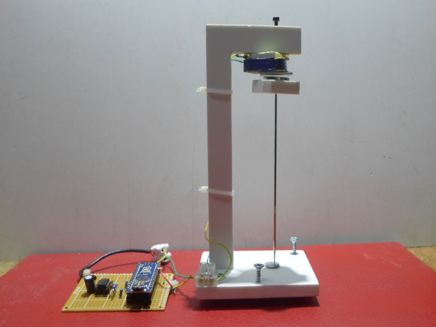 extremely sensitive cheap homemade seismometer arduino project hub Seismograph Read Out Diagram