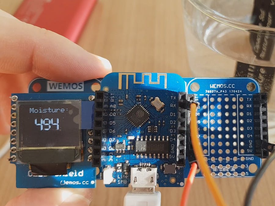 Capacitive Soil Moisture Sensor v1.2 with Wemos D1 Lite