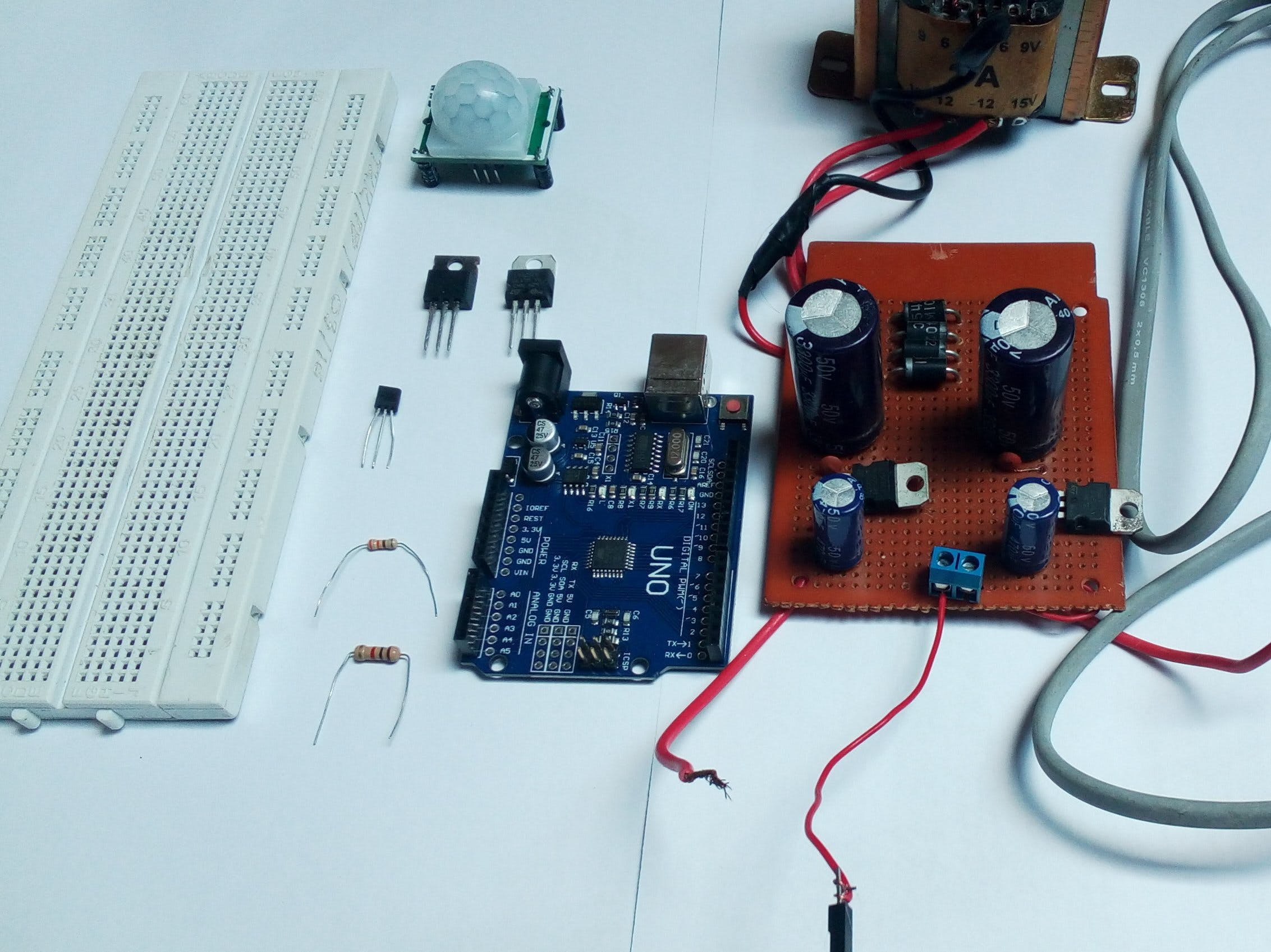 Automatic Fan with PIR Sensor and LM35 Sensor