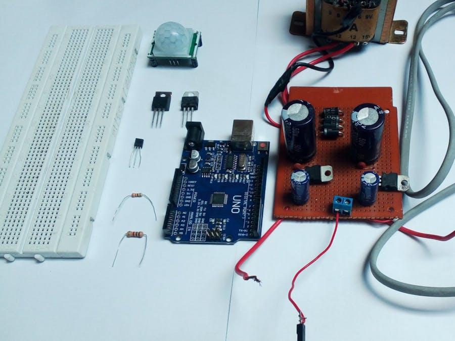 Automatic Fan with PIR Sensor and LM35 Sensor - Arduino