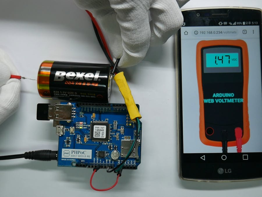 DIY Voltmeter Using Arduino and Smartphone