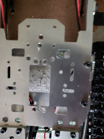 modify robot top plate to secure servo 6