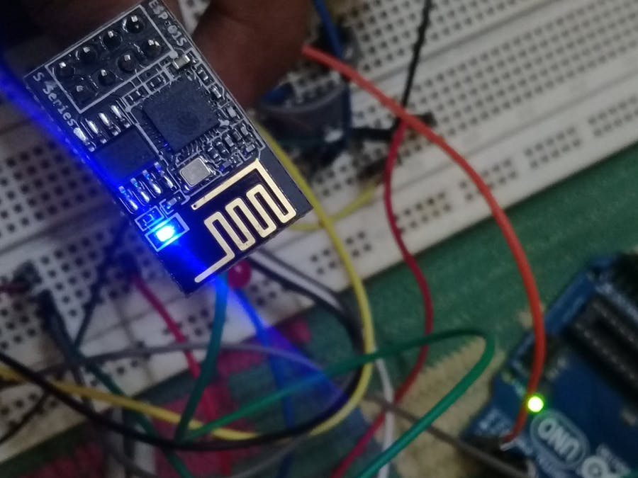 ESP8266 - Beginner Tutorial + Project