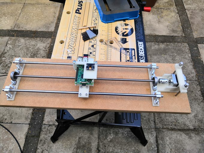 The first gantry with mounted raspberry pi