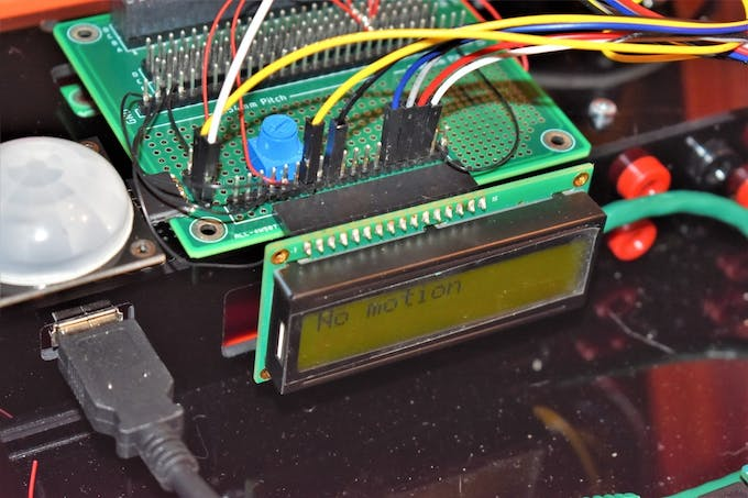 16x2 LCD Mounted to Modulus with 16-Pin Right-Angle Female Header