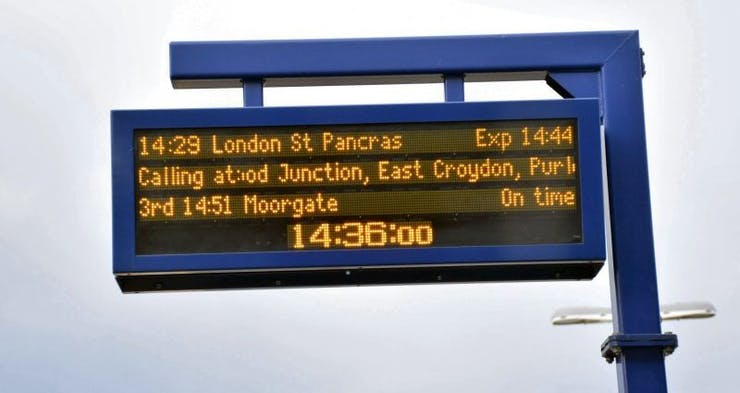 A UK train station platform sign in the wild