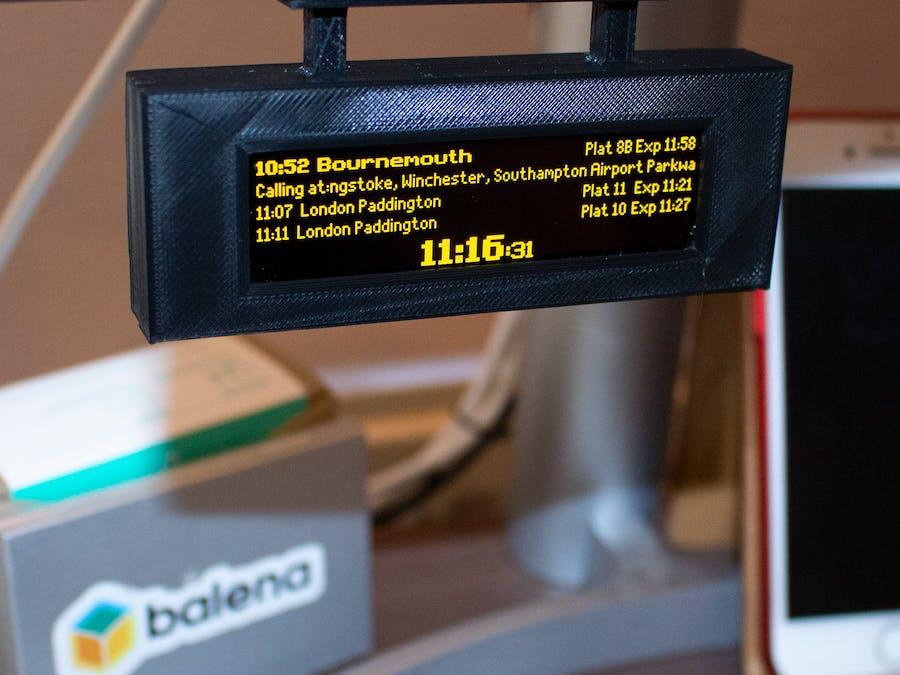 Raspberry Pi Powered Live Train Station Desktop Sign