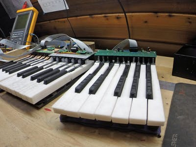 Synthesizer Keyboard Interface
