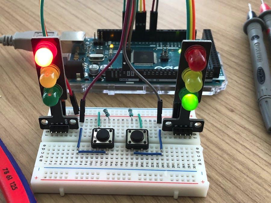 Traffic Lights Using Finite State Machine in C++ for Arduino