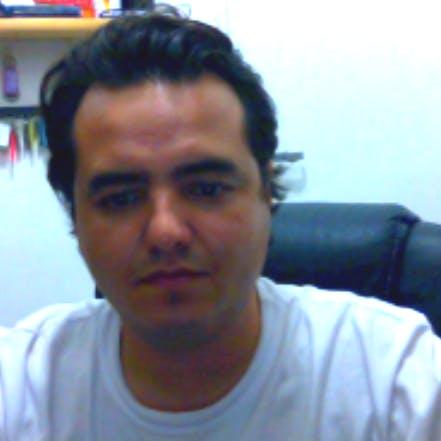 Eduardo Zola