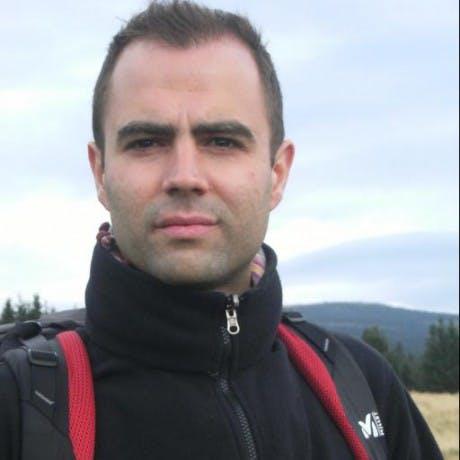 Eduardo Riesco