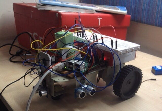 Ball Tracking Robot