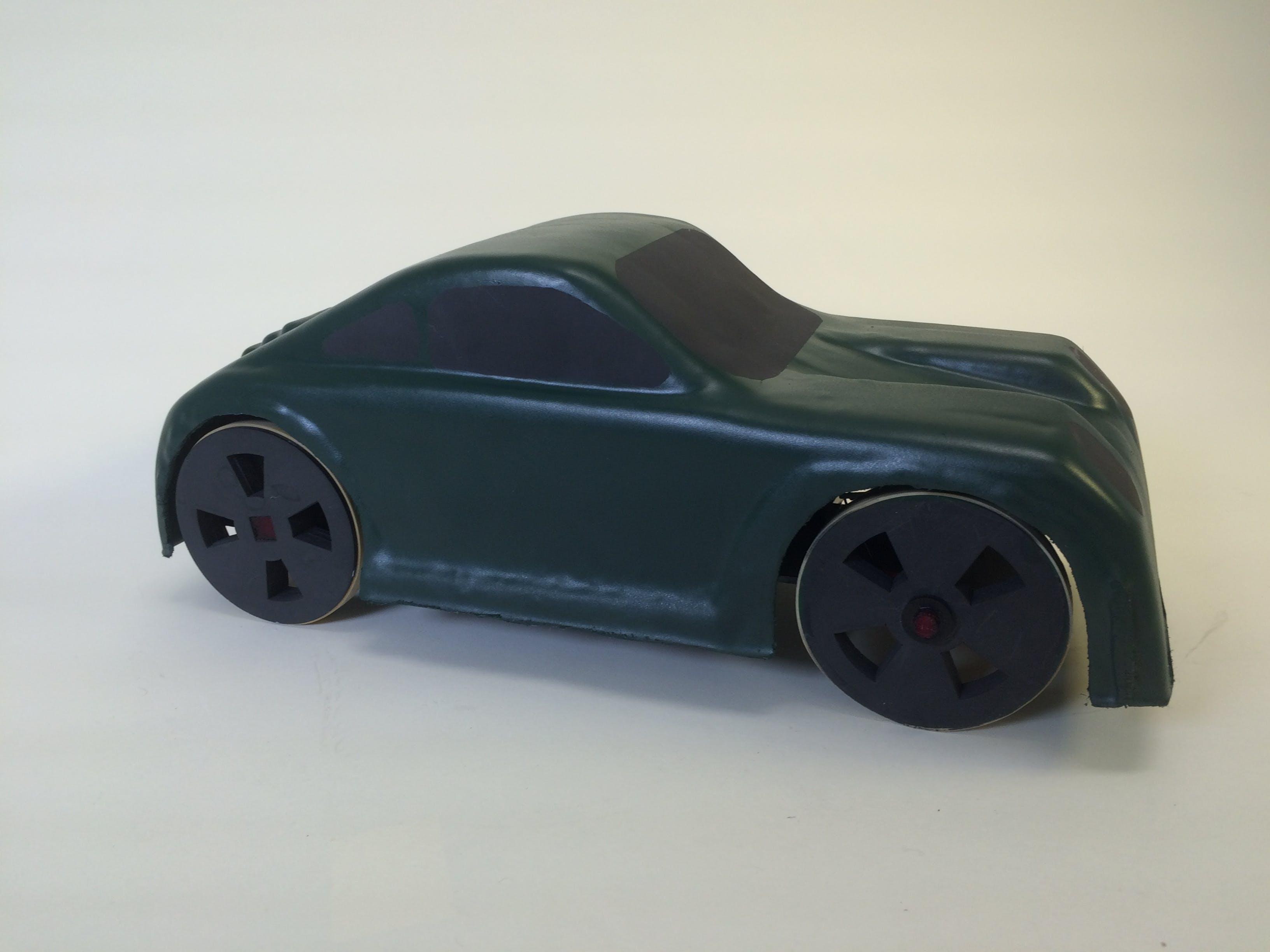 Porsche-Inspired RC Vehicle