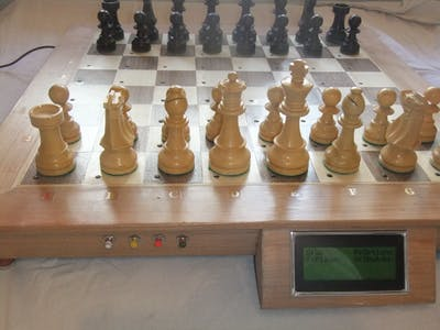 Wooden Chess Board with Piece Recognition