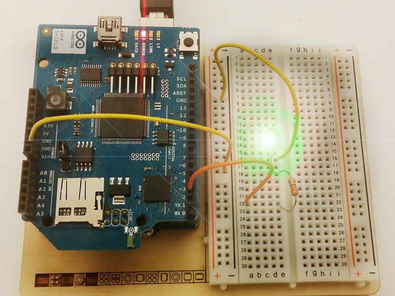 Blinking LEDs on Arduino from iOS and Android