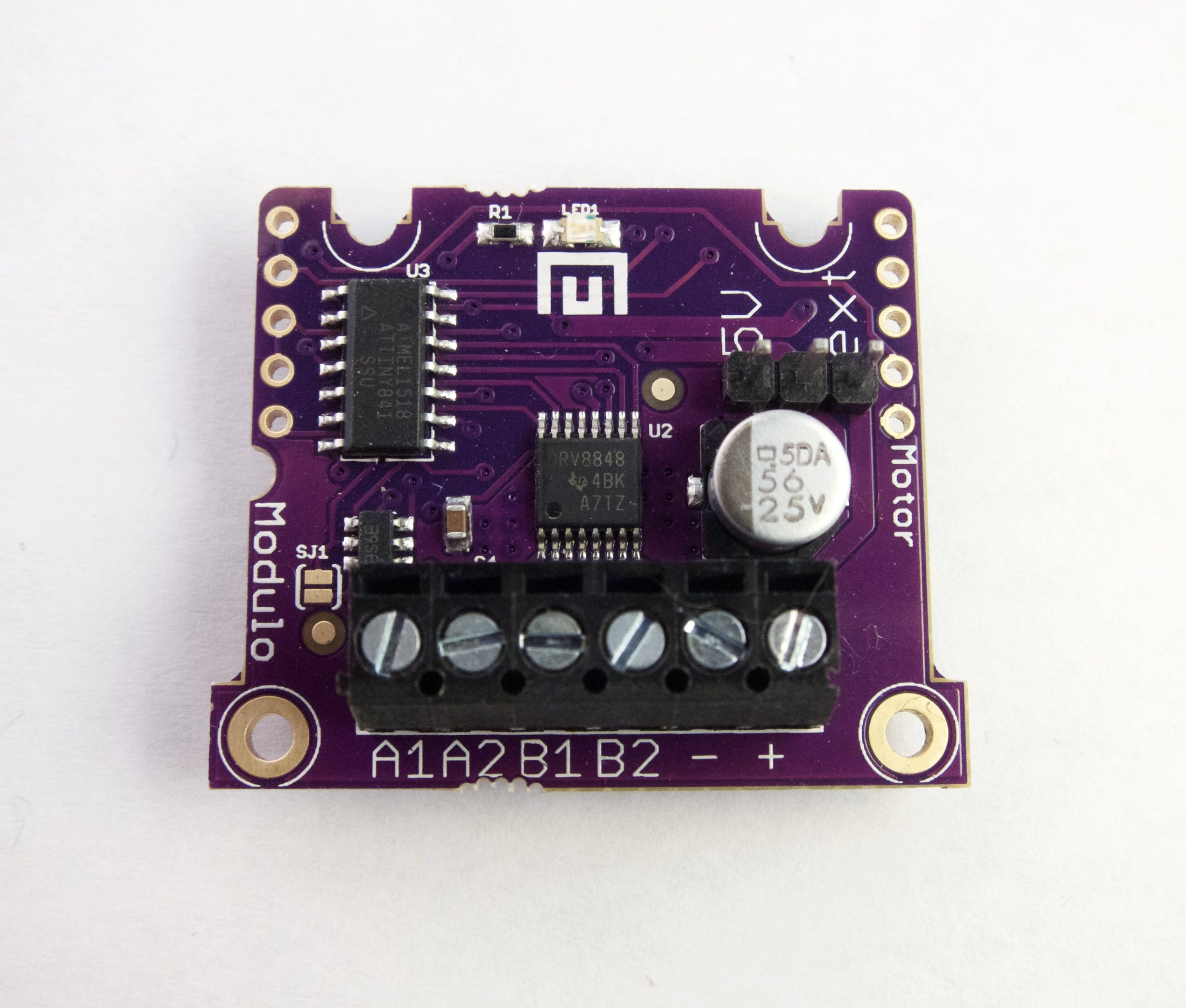 Use DC Motors with the Motor Driver Modulo