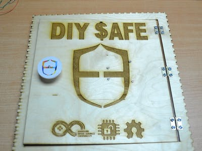 DIY Safe using Pattern lock Shield