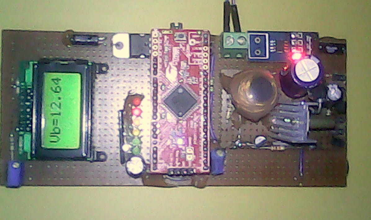 PSoC 4: Solar Charge Controller ( almost MPPT, Temp Comp )