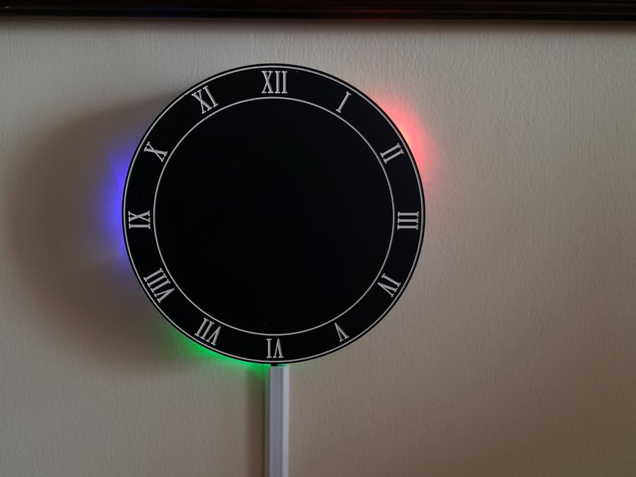 LED Reflection Clock