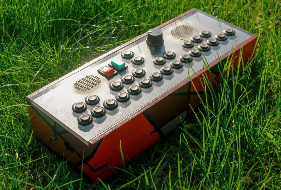 Pocket Synthesizer