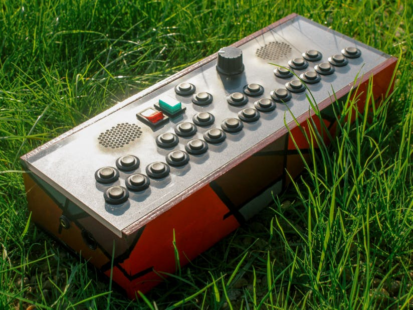 Pocket Synthesizer